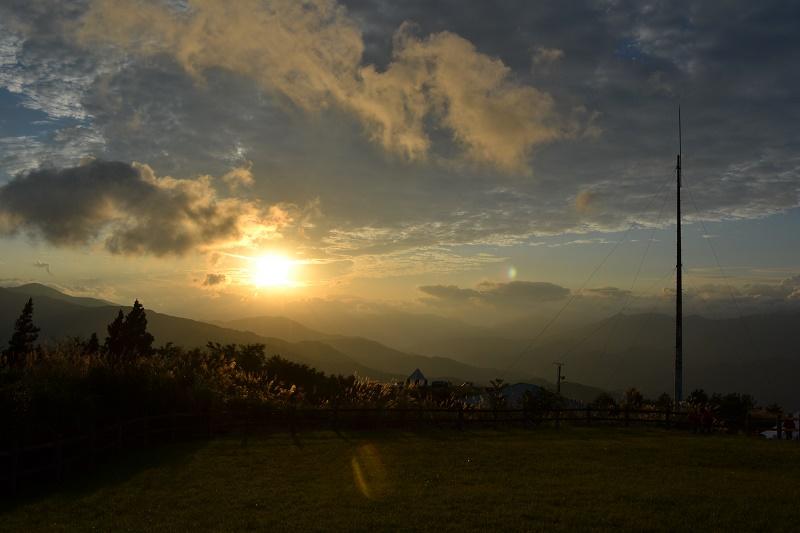 この景色はヤバい…四国の山々が美しいゆとりすとパーク大豊