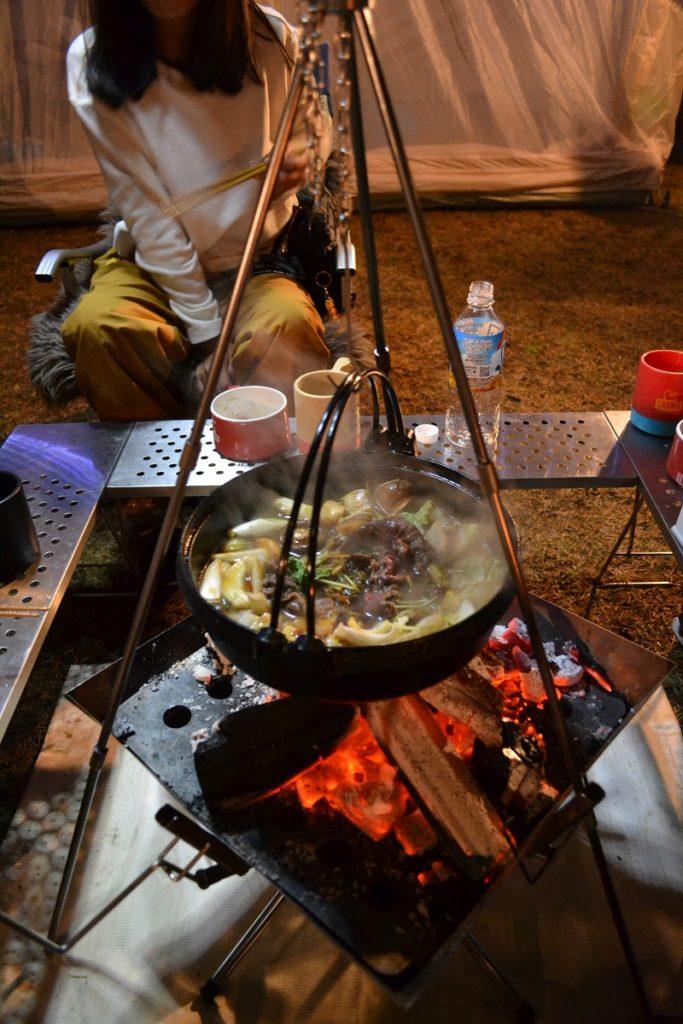 蒜山塩釜キャンプの晩はすき焼き