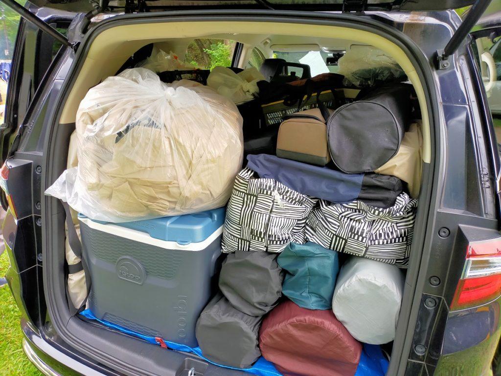 テントは家で乾かすためにゴミ袋に入れます